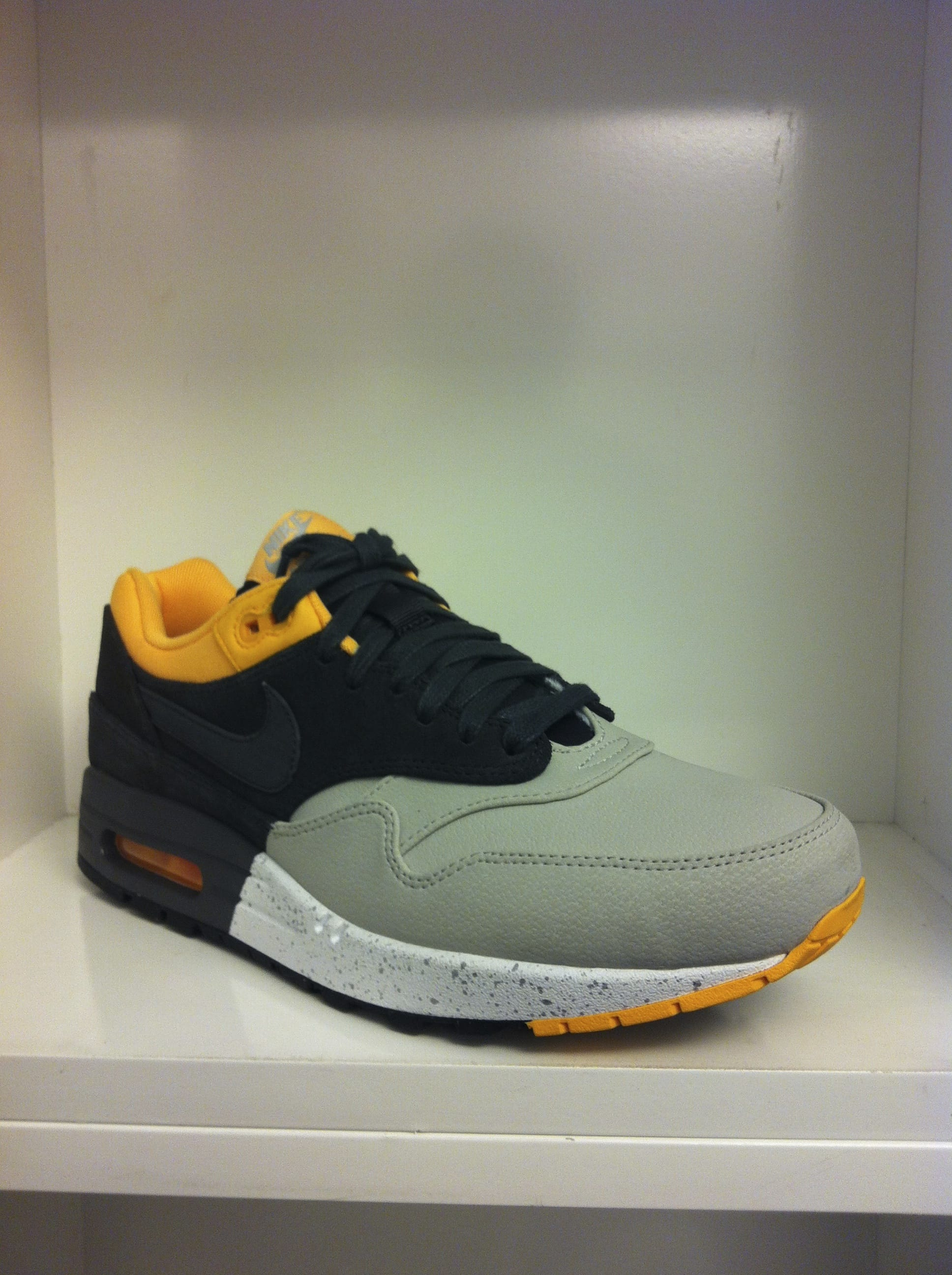 Nike Air Max 1 512033-002 – Click Here to View Now