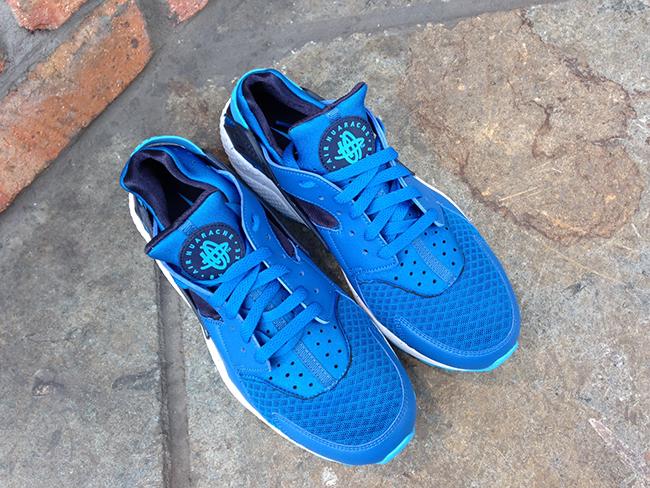 all blue huaraches