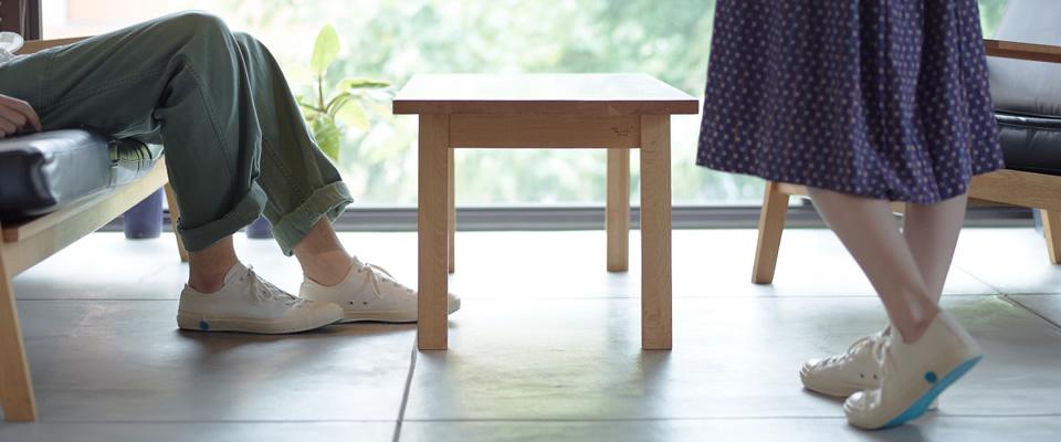 Shoe-Like-Pottery-Lifestyle-Image