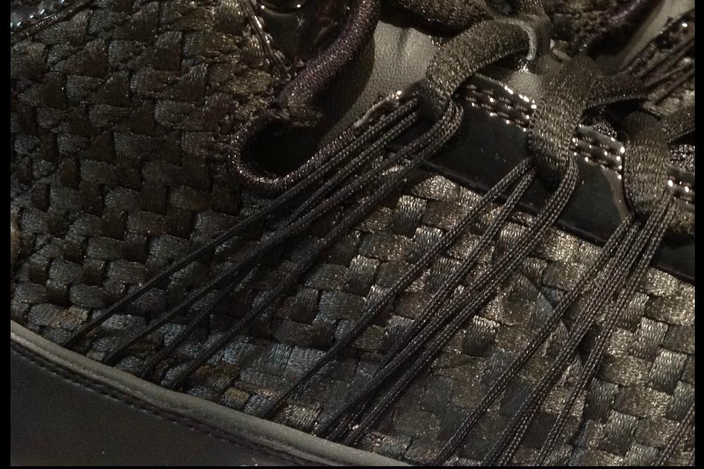 Nike Hyperdunk Side