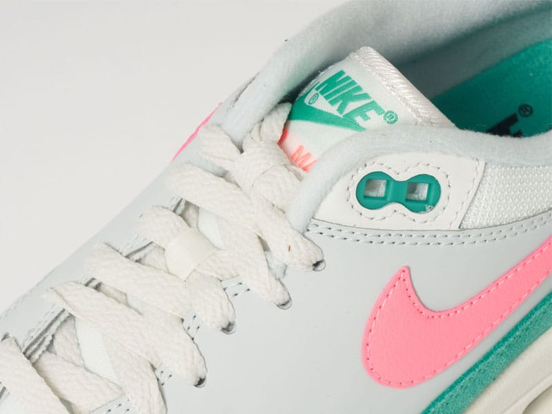 Air max 1 watermelon close up