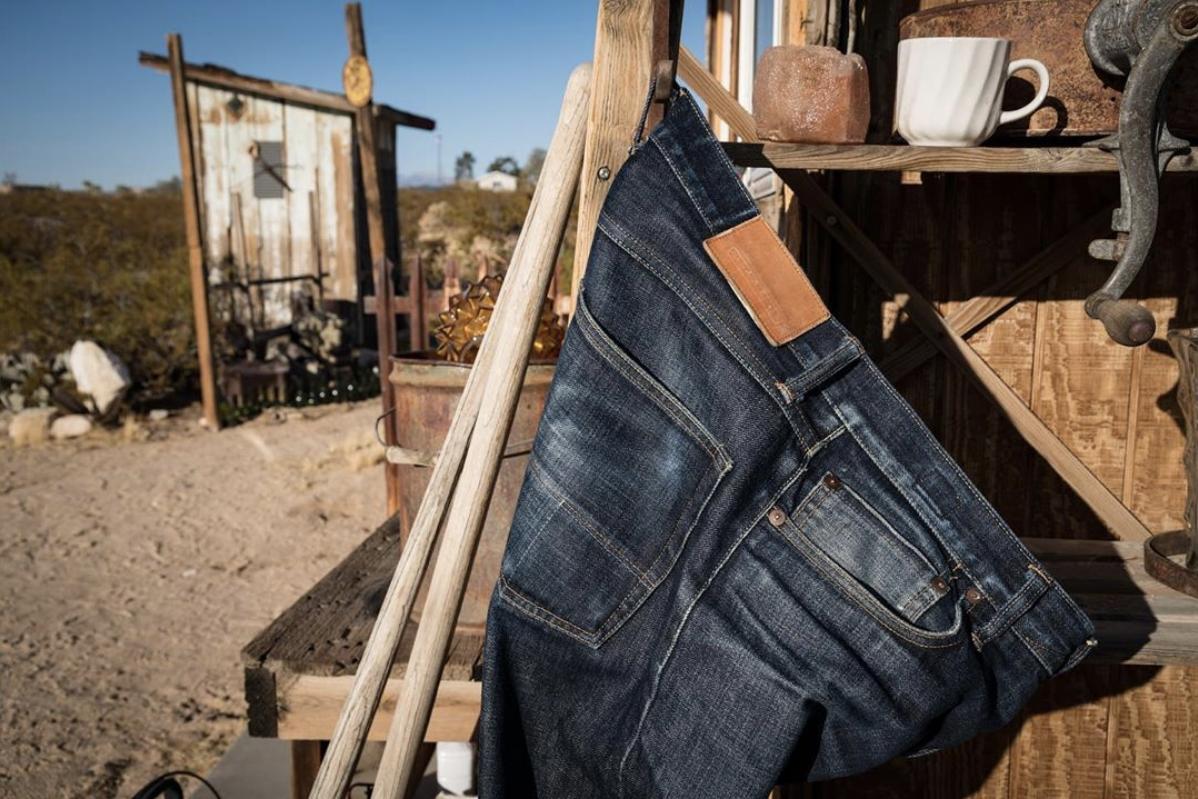 Tellason Jeans Hanging