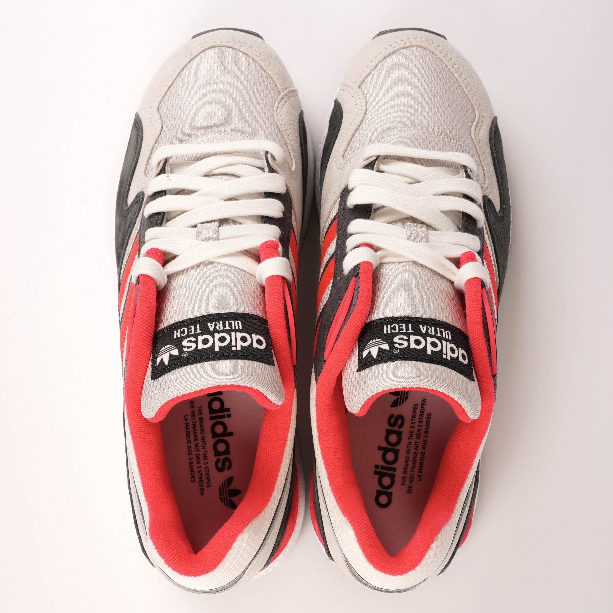 best sneakers 25404 8d2c2 Ultra Tech - Raw White, Shock Red  amp  Grey Four