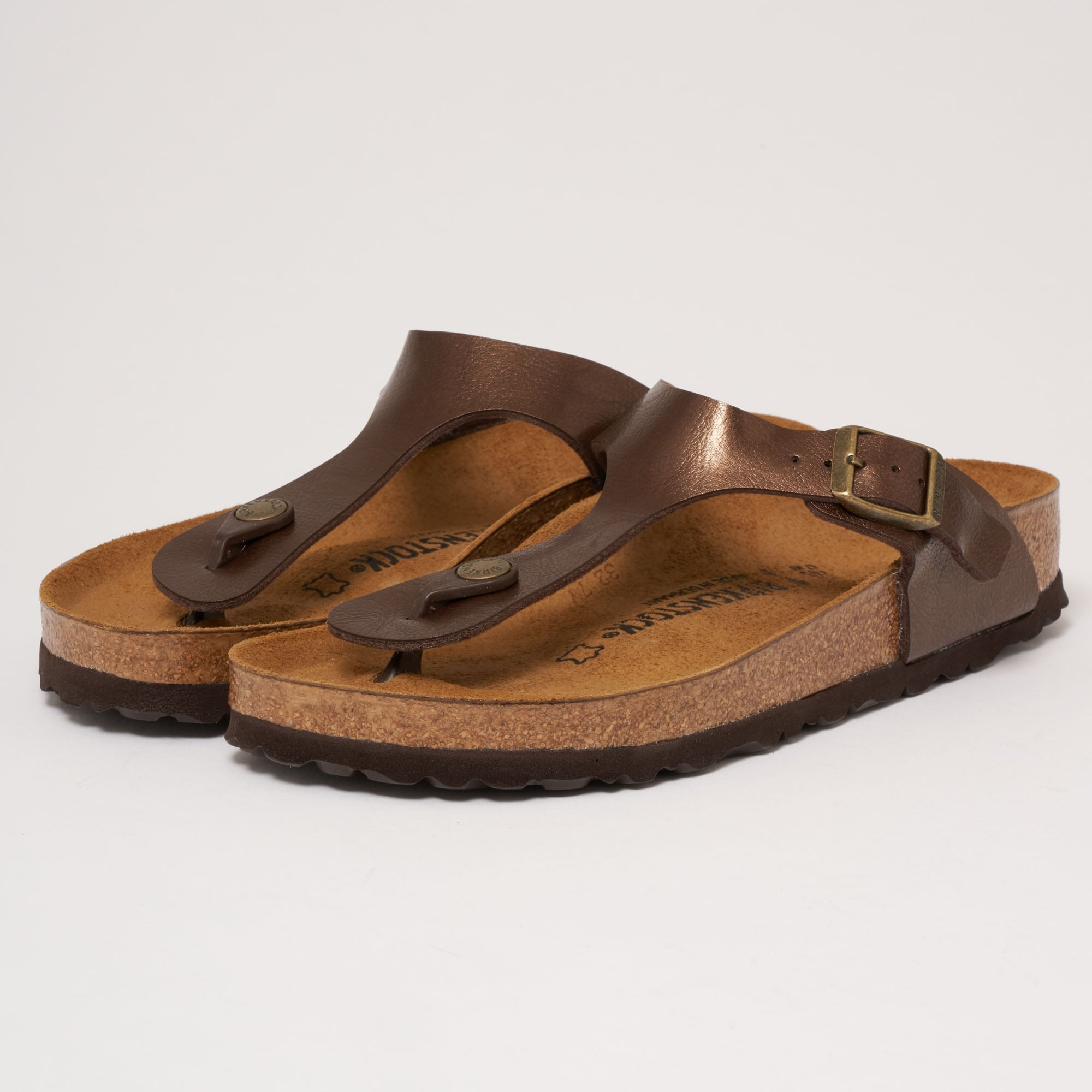 Graceful Toffee Gizeh Sandals