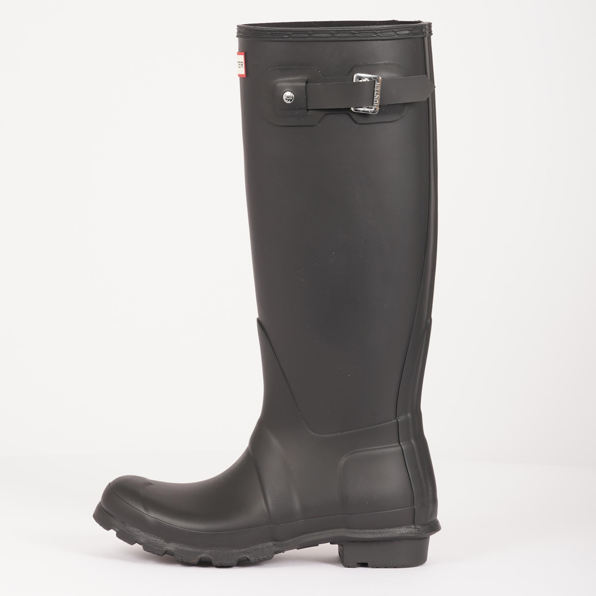 f587ec75a8f797 hunter-womens-original-tall-wellington-boots-black-p40862-341920 image.jpg
