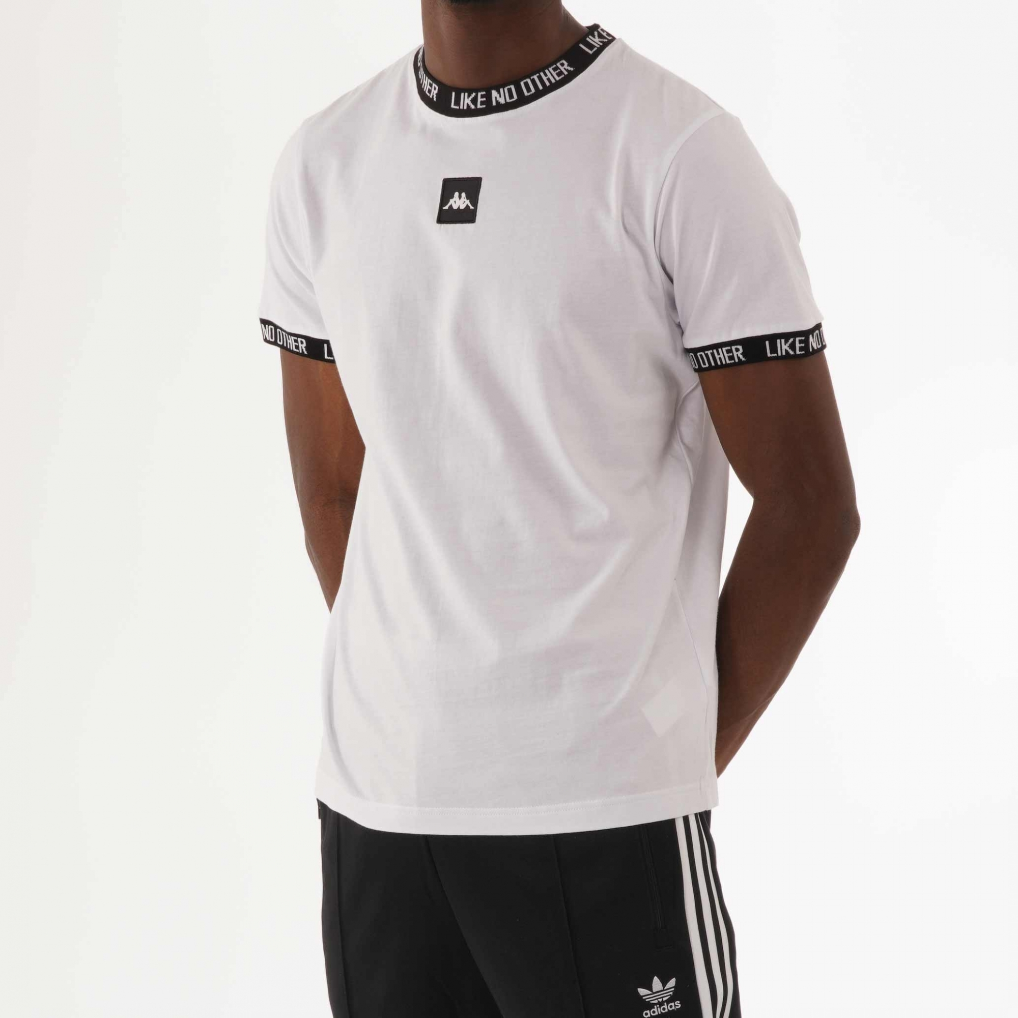 Instalación periódico dedo índice  Kappa Basco T-Shirt | White | 304ICM0-904