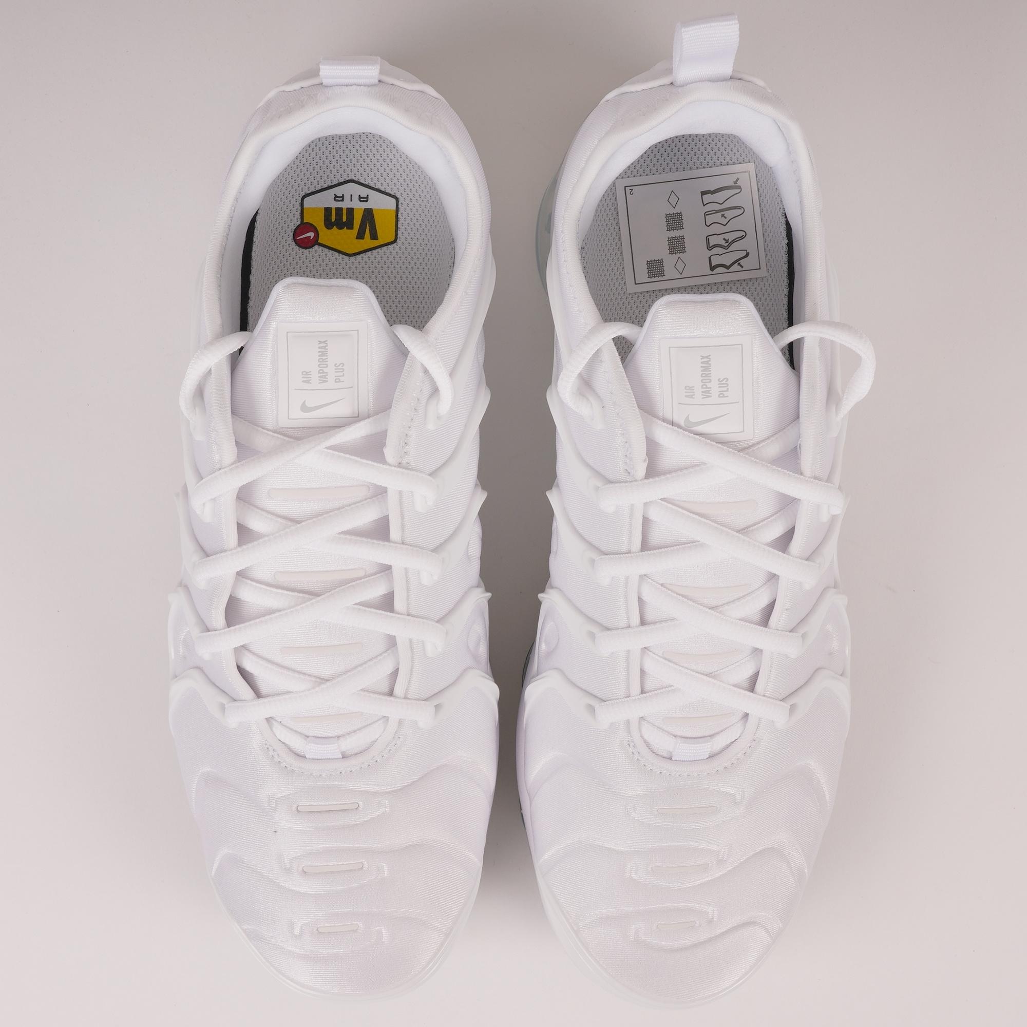 9a16a91548 Nike Air VaporMax Plus | White & Pure Platinum | 924453-100