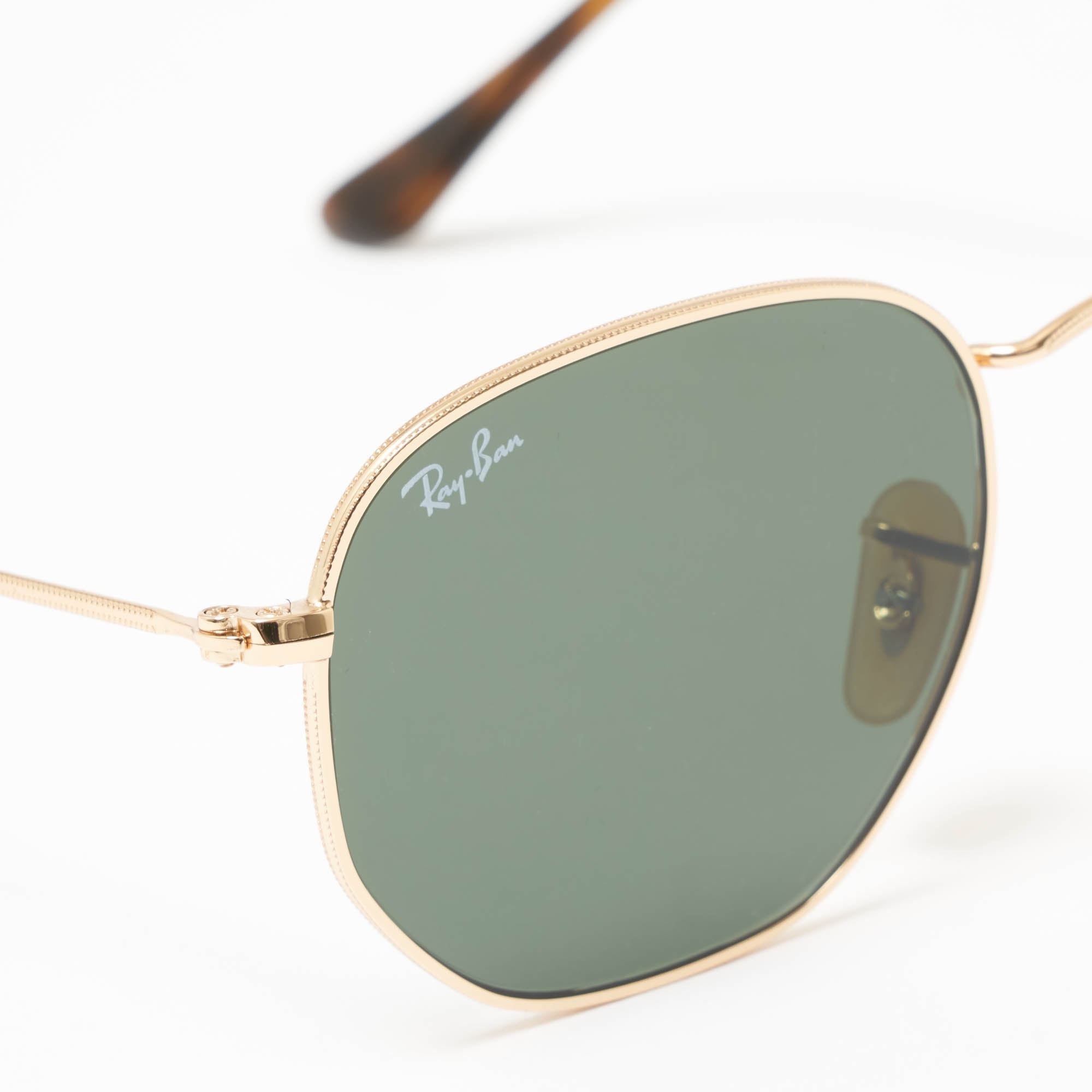 c7f36b3a35b Gold Hexagonal Flat Lens Sunglasses - Green Classic G-15 Lenses