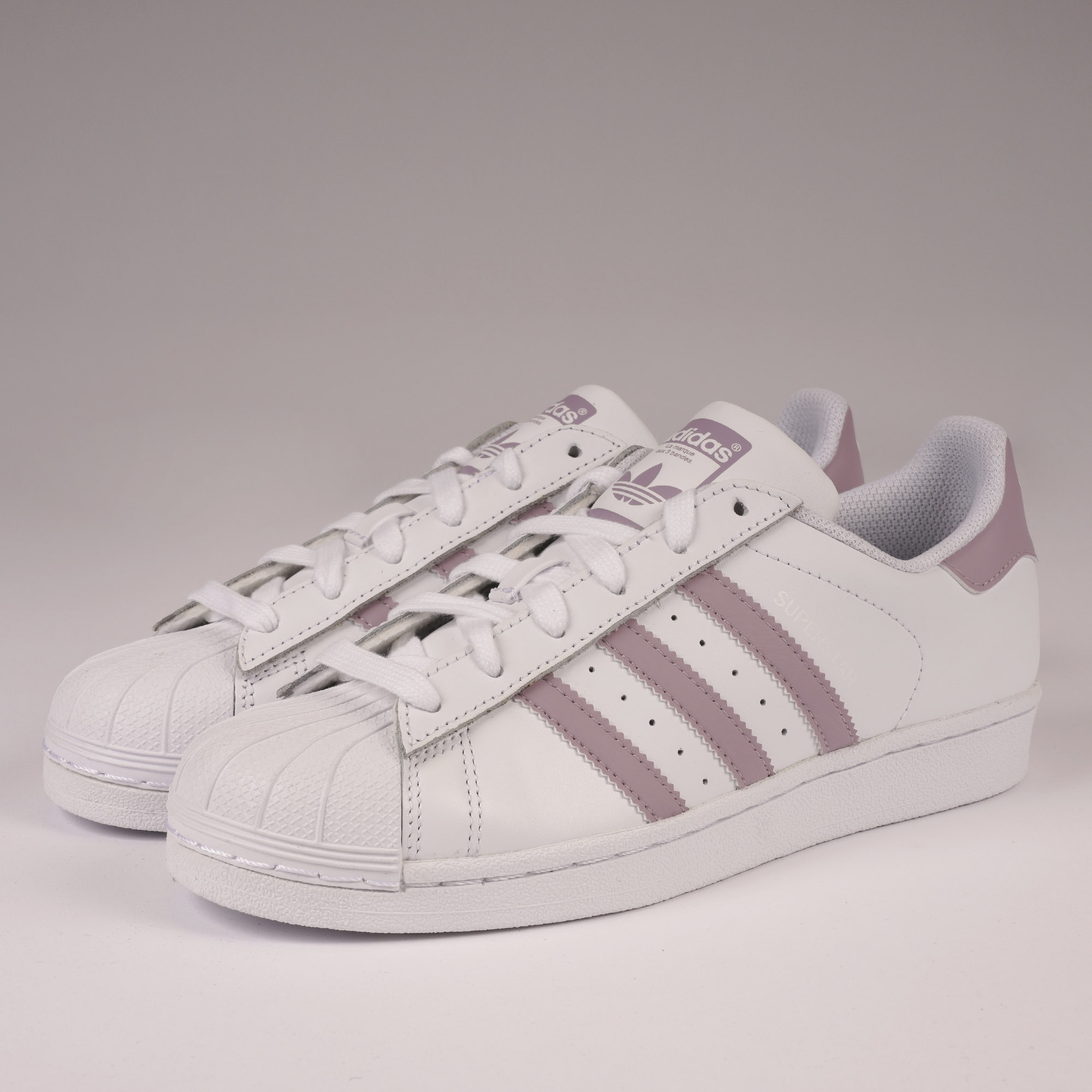 adidas Originals Womens Superstar  4d08d9b02